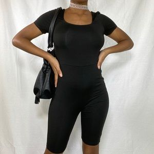 🥰BLACK UNITARD ROMPER🥰